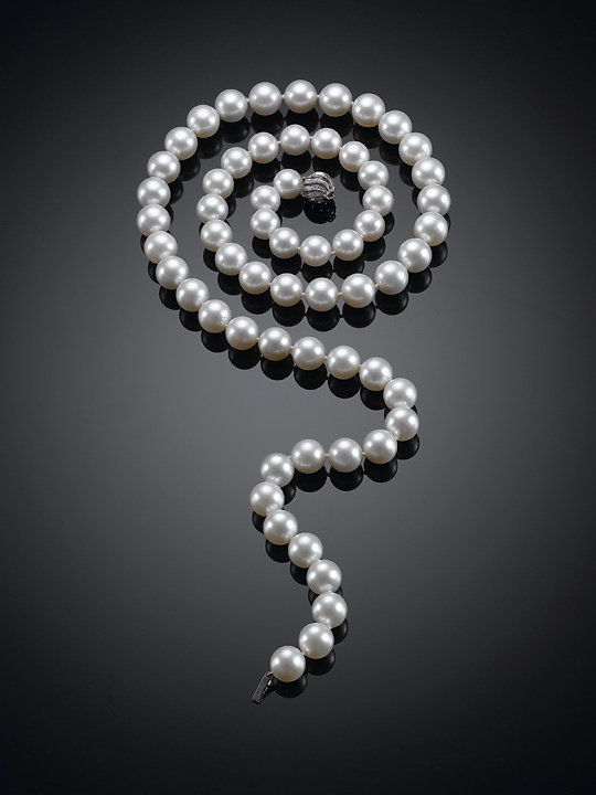 White Pearl Neckles, collection of M.S. Rau Antiques